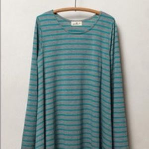 Grey and turquoise Puella top. Sz S.